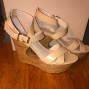 BCBGeneration beige Rubin wedges worn once !